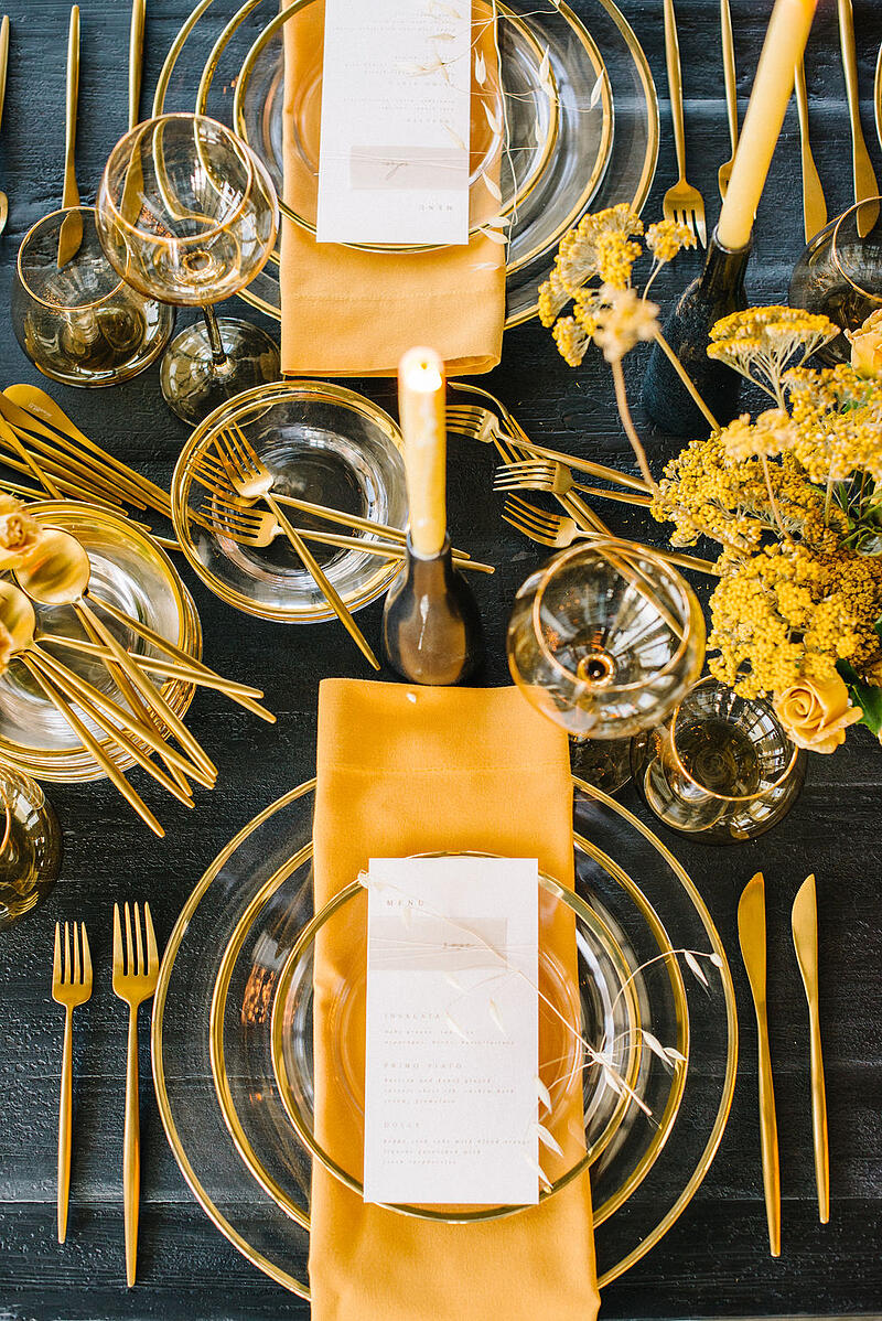Table setting featuring Mayesh Wholesale products.