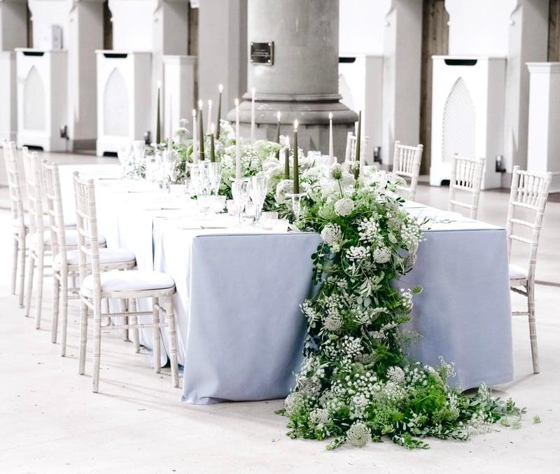 Joseph Massie: Queen Anne's Lace table garland; garden wedding