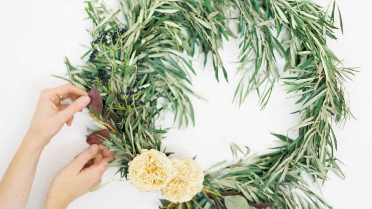 MDS: How to Create a Wreath