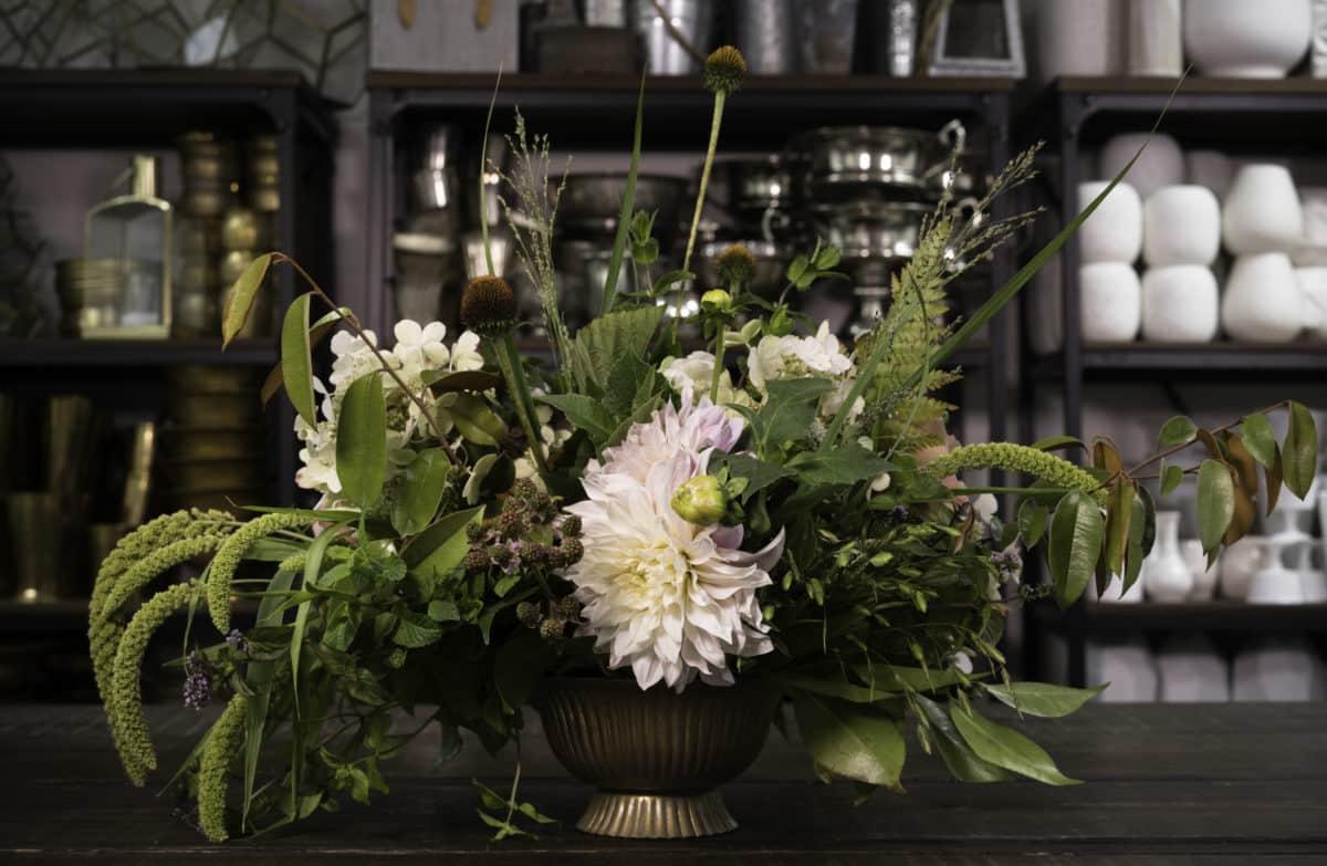 Mayesh en español: Arreglo floral de fin de verano
