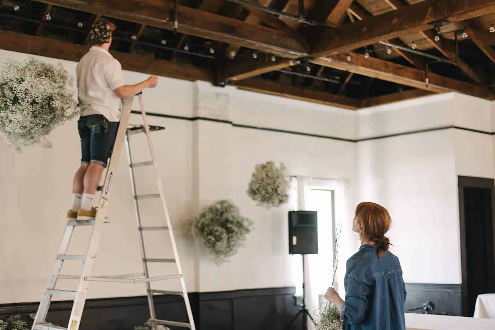 Mayesh Design Star How to Make a Floating Installation